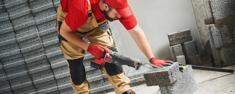 Silica Safety for Hand-held Power Saws | Safety Matters